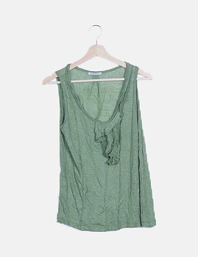 Camiseta sin mangas verde volantes