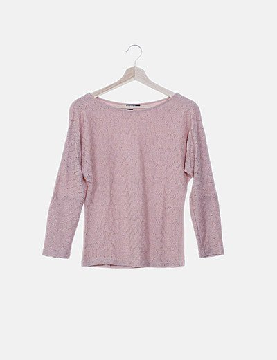 Blusa rosa combinada estampado floral troquelado