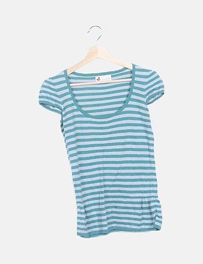 Camiseta de punto verde y gris de rayas