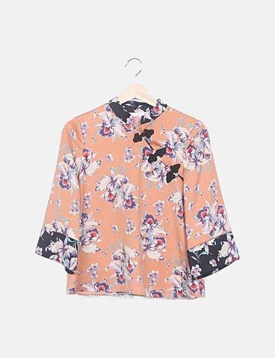 Blusa fluida naranja floral