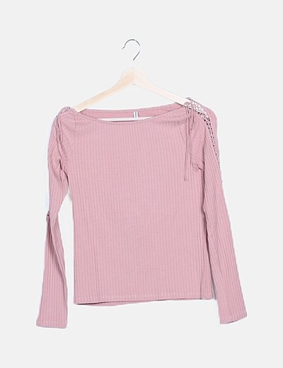 Camiseta rosa canalé detalles lace up