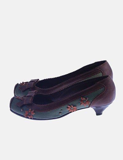 Zapato tacón bicolor combinado