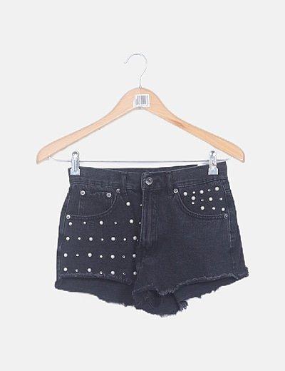Short denim negro con perlas y strass