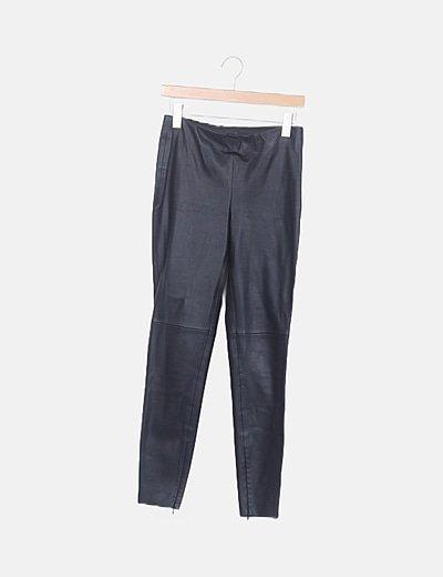 Pantalón polipiel negro