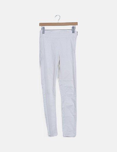 Pantalón blanco tiro alto