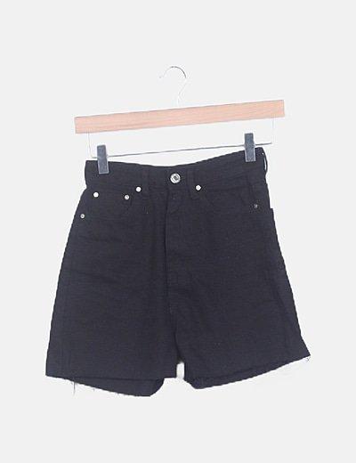 Shorts denim negro tiro alto