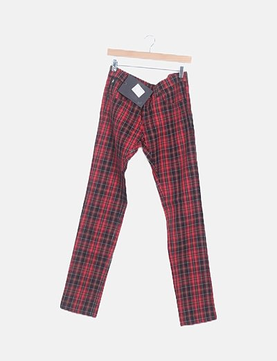 Jean rojo cuadros escoceses