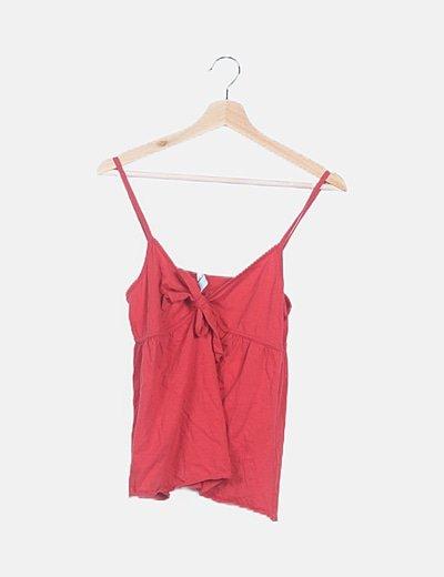 Camiseta roja detalle lace up