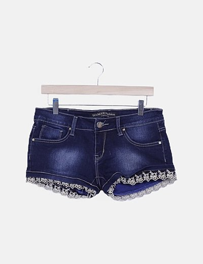 Short denim oscuro con puntilla