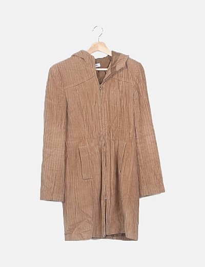 Abrigo marrón de pana