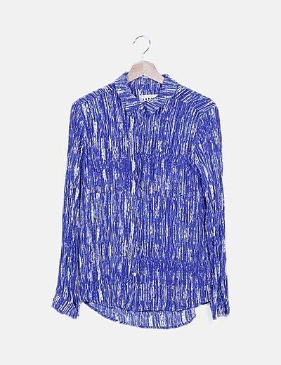 Conjunto de pantalón y blusa azul estampado