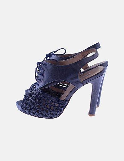 Zapato tacón azul marino combinado