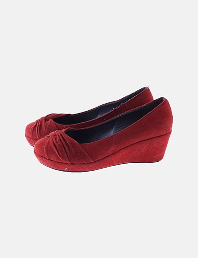 Bailarina roja cuña