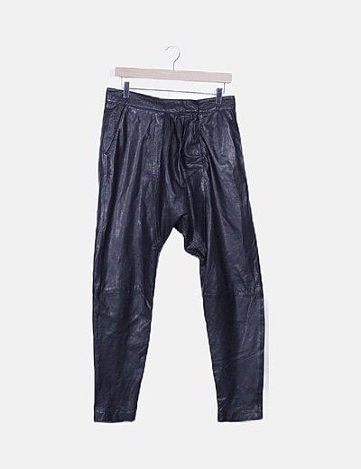 Pantalón piel negro