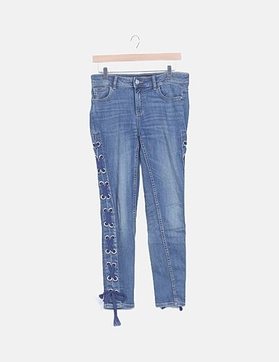 Jeans skinny detalle lace up