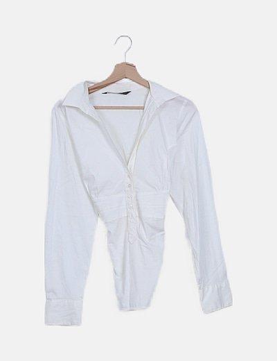 Blusa cruda con lazo