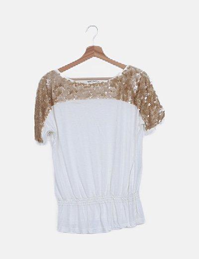 Camiseta blanca hombro paillettes