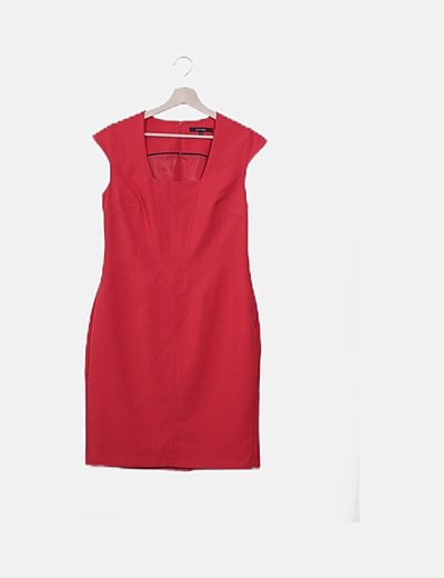 Vestido estructurado rojo