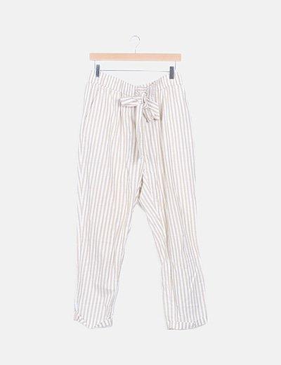 Pantalón fluido de rayas con lazo
