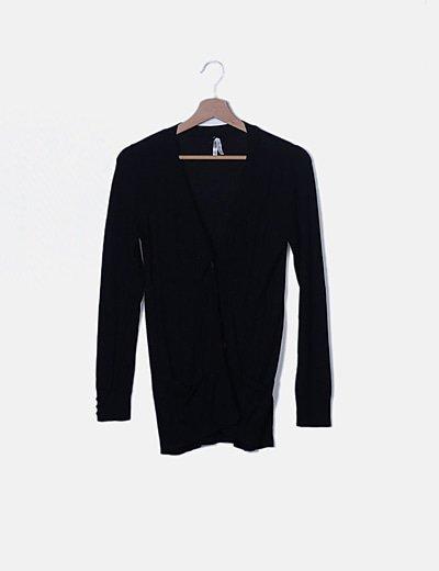 Cárdigan tricot negro abotonado