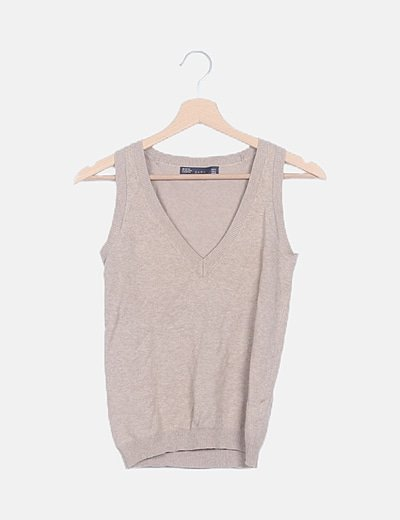 Suéter tricot marrón escote pico