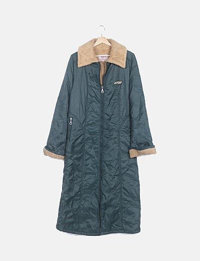 Abrigo largo verde acolchado