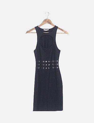 Vestido ceñido negro con strass