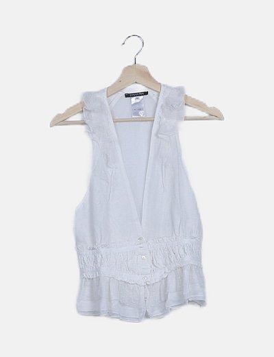 Blusa blanca peplum con encaje