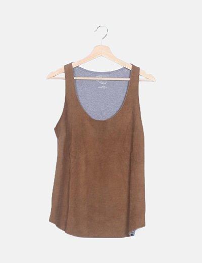 Blusa antelina marrón combinada