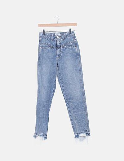 Jeans denim azul desflecados
