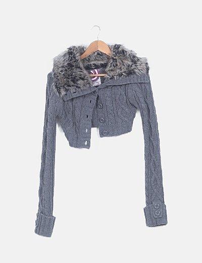 Chaqueta crop lana gris con pelo