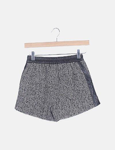 Shorts espiga negro combinado
