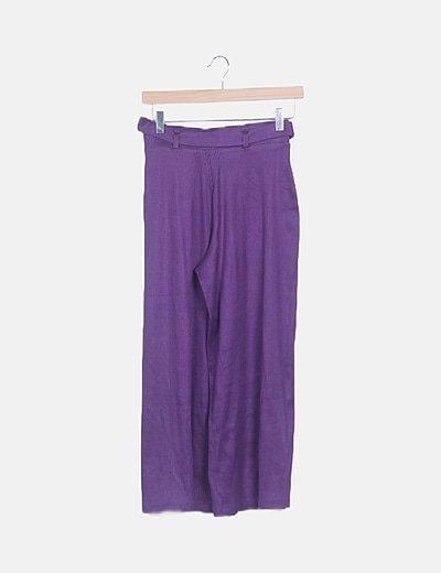 Pantalón culotte morado con cinturón