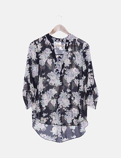 Blusa negra print floral tail hem