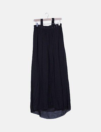 Falda maxi negra detalle volantes