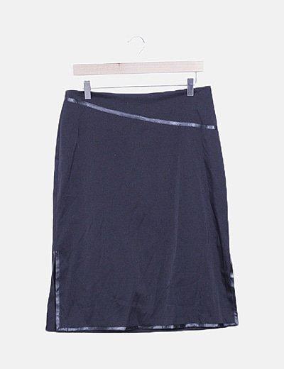 Falda midi satén negra