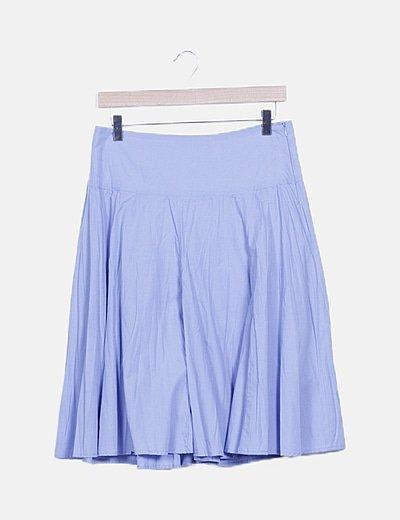 Falda con vuelo azul