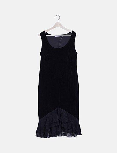 Vestido terciopelo negro con encaje