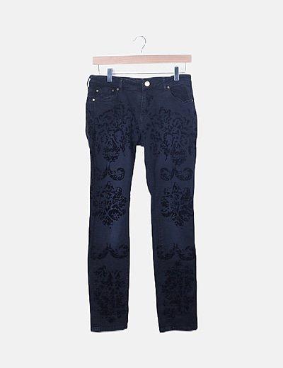 Pantalón denim detalles velvet