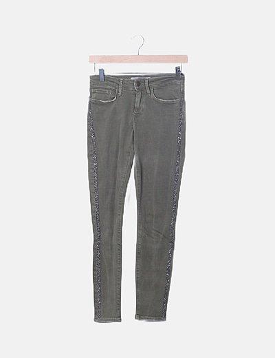 Jeans verde abalorios