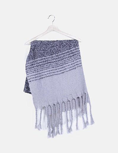 Bufanda gris combinada