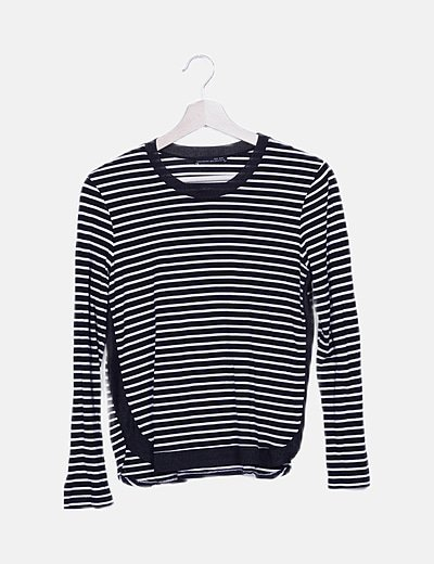 Camiseta rayas negra detalles punto fluido