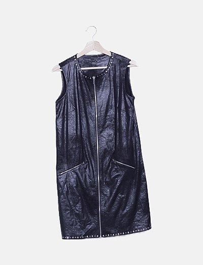 Vestido sin mangas negro detalle tachas