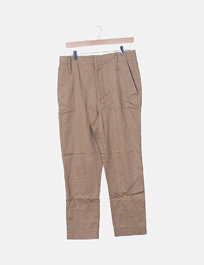 Pantalón chino marrón recto