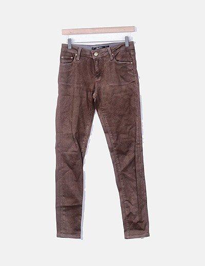 Jeans denim slim fit marrón