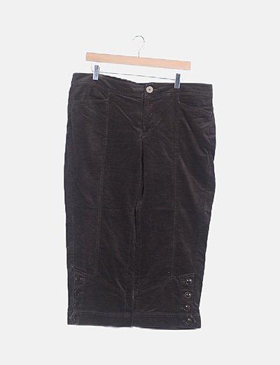 Pantalón marrón aterciopelado