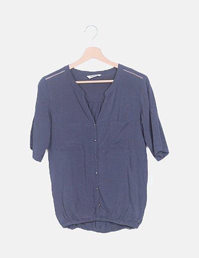 Camisa azul con elástico
