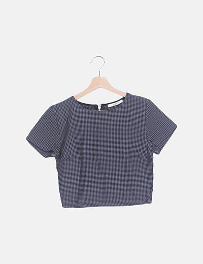 Camiseta cuadros grises manga corta