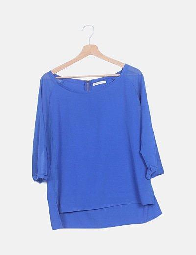 Camiseta azul electrico manga semitransparente