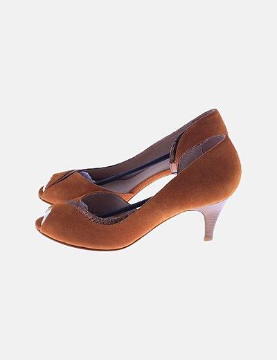Zapato camel peep toes